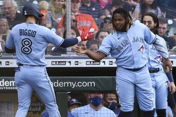Les BlueJays l'emportent 8-4 face aux Astros )