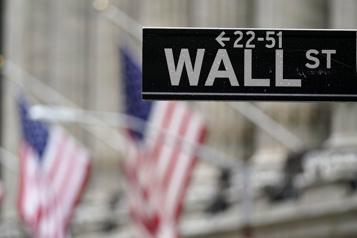Wall Street termine dans le rouge après une séance indécise)