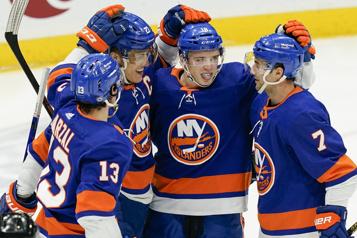 Les Islanders enregistrent une cinquième victoire de suite)