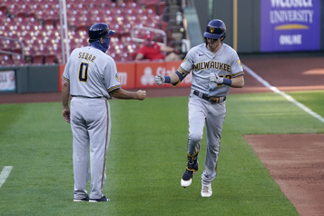 MLB Brewers et Astros, deux équipes sous ,500, accèdent aux séries)