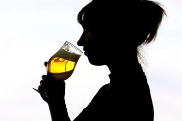 Pas d'alcool avant la conception, dit une étude