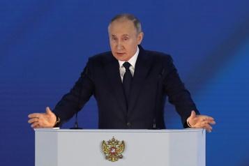 Poutine débute son grand discours annuel sur l'état de la Nation)