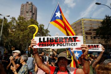 Manifestation en soutien aux dirigeants catalans condamnés à la prison