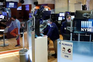 Wall Street: le Dow Jones en hausse et le NASDAQ à un record)