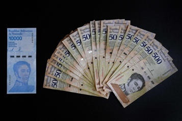 Inflation de 400000% en 2018 Le Venezuela supprimera six zéros à sa monnaie)