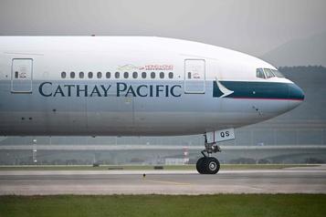Cathay Pacific au défi d'une perte semestrielle historique)