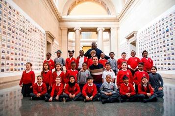 Un portrait saisissant de Londres avec de milliers de sourires d'enfants