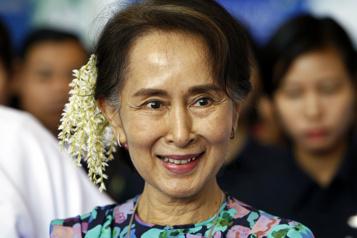 Aung San Suu Kyi spoliée  La junte birmane annule les résultats des dernières élections )