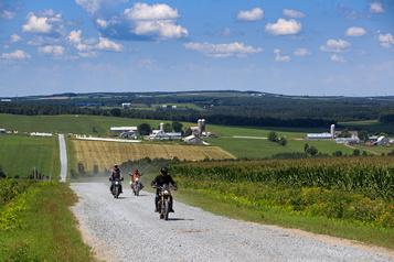 Aventure à moto dans les Bois-Francs)