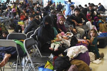 Les États-Unis accueilleront 125000réfugiés en 2022, le double de 2021)