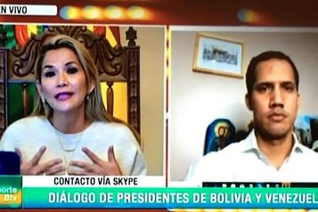 «Libérez» le Venezuela, lance la présidente bolivienne par intérim à Guaidó