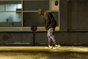 «Grande victoire»  Le couvre-feu suspendu pour les sans-abri)