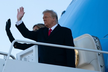 D'après la BBC Trump aurait offert à Kim Jong-un un vol à bord de l'Air Force One)