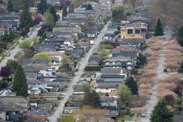 Canada Les ventes de maisons en baisse en octobre)