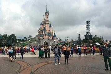 Disneyland Paris s'attelle aux derniers préparatifs)