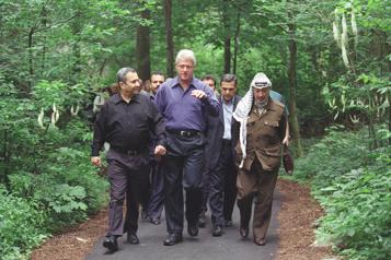 The Human Factor Un accès inédit aux coulisses des négociations israélo-palestiniennes ★★★½)