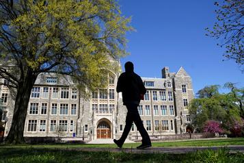 É.-U.: fin des visas pour les étudiants étrangers en cas de cours en ligne)