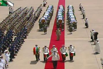 L'Algérie accueille solennellement les restes de ses premiers «martyrs» anticoloniaux)