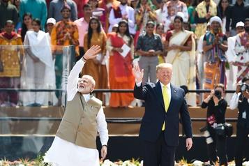 «Namaste Trump»: réunion bouillante pour le président américain en Inde