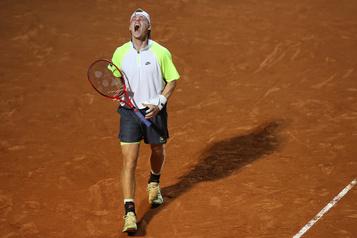 Shapovalov battu à Rome, Djokovic en finale)