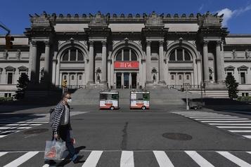 Le Metropolitan Museum prévoit rouvrir à la mi-août)