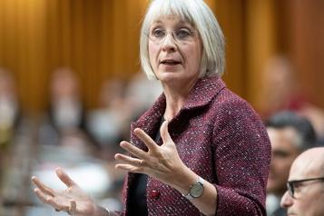 Coronavirus: le risque demeure faible au Canada, affirme la ministre Hajdu