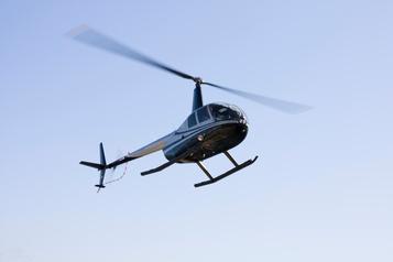 Un hélicoptère se pose d'urgence à Roberval