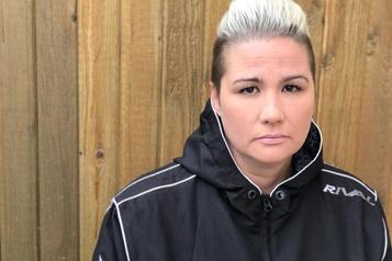 Une jeune femme «dégoûtée» par les sorties du meurtrier deson père