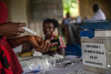 RDC: course contre la rougeole, plus meurtrière qu'Ebola