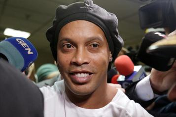 Le Paraguay rejette une nouvelle demande de libération de Ronaldinho)