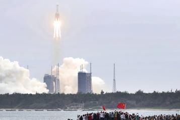 La Chine lance le premier élément de sa station spatiale)