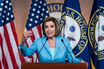 Caucus démocrate Nancy Pelosi confrontée à de nouvelles divisions)