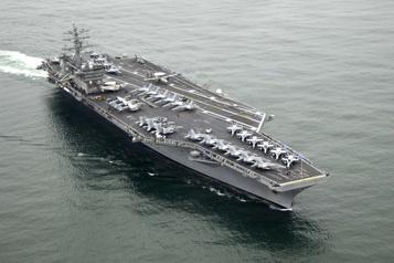 Deux porte-avions américains en exercices en mer de Chine méridionale)
