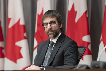 GAFA et médias canadiens: Guilbeault observe et cherche des solutions)