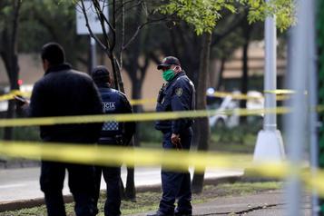 Le chef de la sécurité de Mexico blessé dans un attentat)