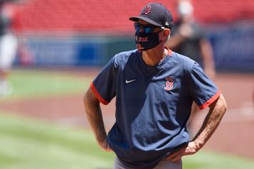 Les Red Sox ne renouvelleront pas le contrat du gérant Ron Roenicke)