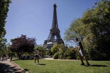 Des touristes européens peu nombreux attendus en France)