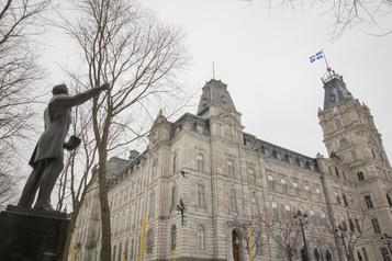 DBRS relève la cote de crédit du Québec