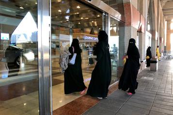 Les Saoudiennes peuvent désormais voyager sans la permission d'un homme