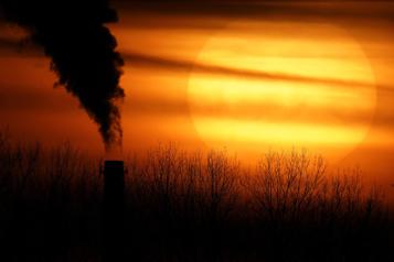 Demande d'action collective Des jeunes accusent le Canada de ne pas agir pour le climat)