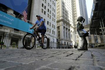 Bourse de New York Nouvelle baisse pour le DowJones, le NASDAQ progresse)