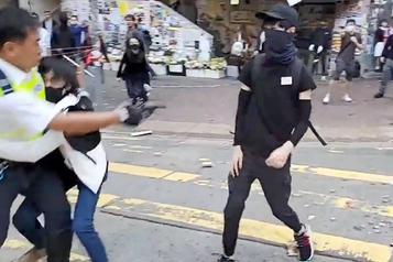 Hong Kong: la crise s'enfonce dans la violence