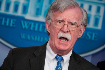 La Maison-Blanche interdit à Bolton de publier des informations «confidentielles»