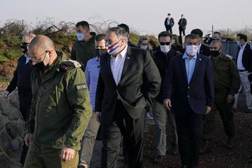 Mike Pompeo dans une colonie israélienne et au Golan)