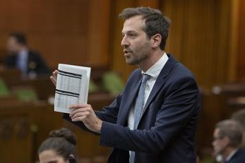 AK47à Kahnawake: Ottawa lance un appel au calme
