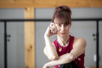 Céline Cassone Quitter la scène pour retrouver sa liberté