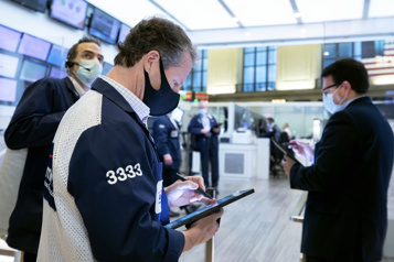 Wall Street clôt la semaine sur des records)