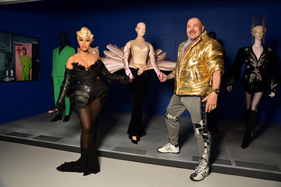 Cardi B et Manfred Thierry Mugler lors du vernissage de l'exposition