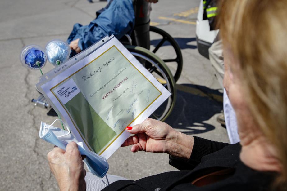 Un certificat signé par les membres de l'équipe soignante: «C'est avec honneur que nous soulignons les efforts de Claudette Lafortune lors de la réadaptation», peut-on lire.