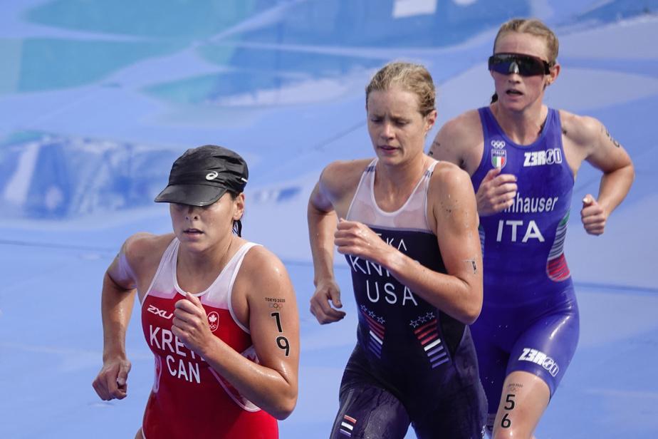 Amelie Kretz (#19) devant deux concurrentes